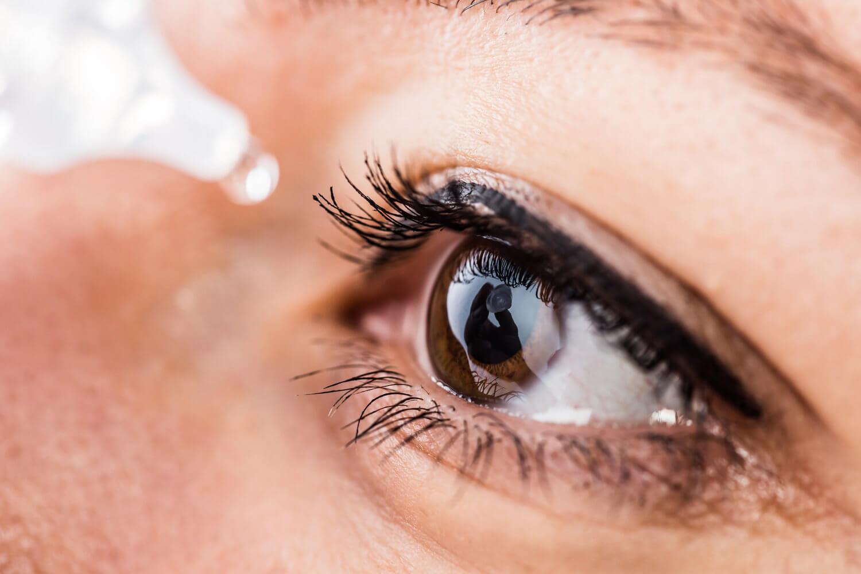 Синдром сухого глаза у мастера маникюра